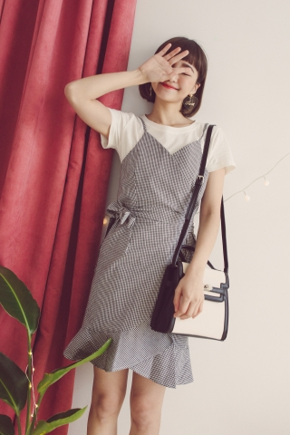 CHECKED  CAMI DRESS WITH WHITE TEE