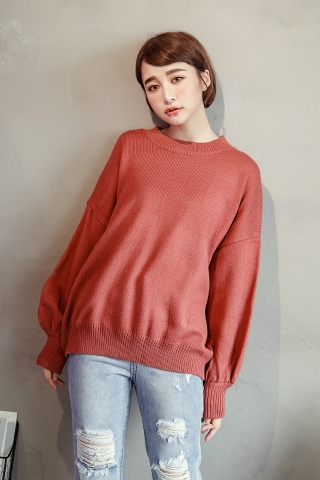 OVERSIZED PUFFY SWEATER IN RED