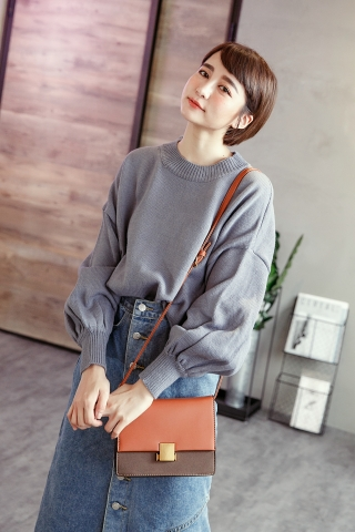 OVERSIZED PUFFY SWEATER IN LILAC
