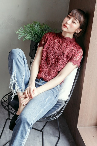 FULLY LACE TOP IN MAROON
