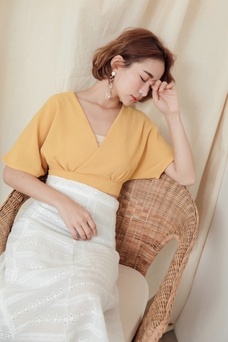 CROSSOVER SELF-TIE CROP TOP IN YELLOW