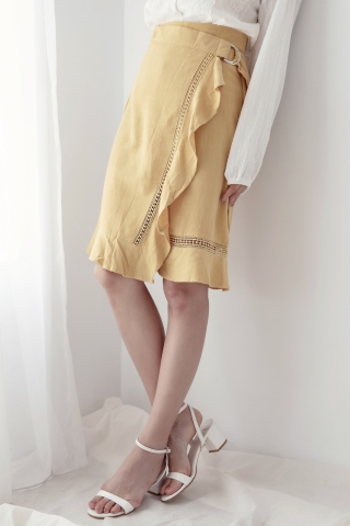 MY LOVE D-RING  WRAP SKIRT IN BABY YELLOW