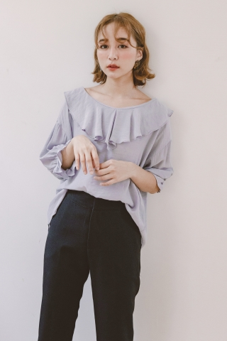 BAKED RUFFLED BLOUSE IN ASH GREY