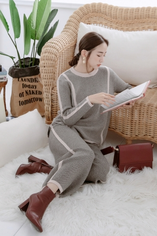 EVERY ' DAY SWEATER SET IN GREY