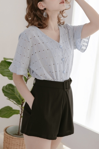 LES EYELET TOP IN BABY BLUE