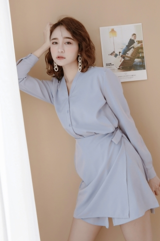 LES WRAP BUTTON DOWN DRESS IN BABY BLUE