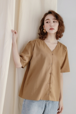 DAILY BASIC BUTTON DOWN BLOUSE IN FALL LEAF