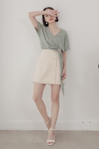 LUVFEE FRONT BUTTON SKIRT IN CREAM