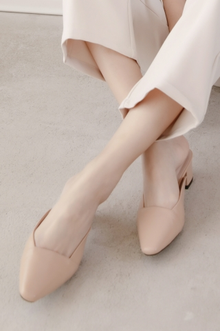 365 DAYS MINI SQUARE TOE BLOCK SLIP-ON HEELS IN LATTE