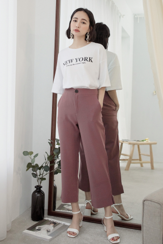 NEW YORK ' UNISEX SLOGAN T-SHIRT IN WHITE