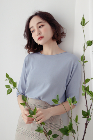 EVERYDAY BASIC KNIT TOP IN BABY BLUE