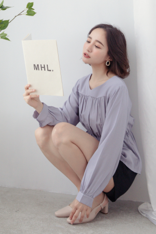 MY DAY WAISTBAND BLOUSE IN LILAC GREY