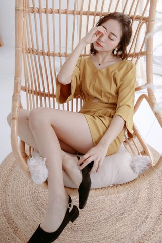 EVERY ' DAY V-NECK ROMPER IN YELLOW