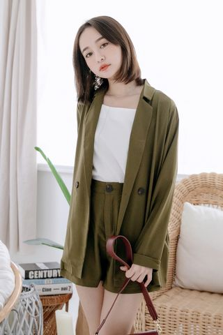 MIINE-MEE DOUBLE POCKETS SHORTS IN OLIVE