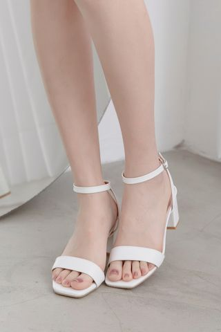 365 DAYS STRAPPY HEELS IN WHITE