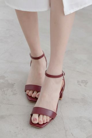 365 DAYS STRAPPY HEELS IN WINE