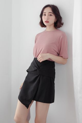 SUNDAY ASYMMETRICAL SKIRT IN BLACK