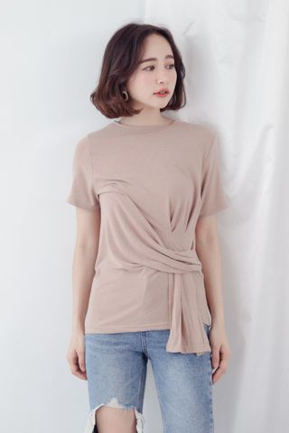 A LITTLE DAY KNOT TEE IN TAUPE