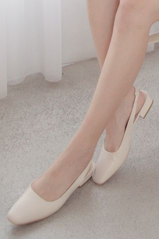 MY DAY MINI SQUARE TOE BLOCK FLATS IN CREAM