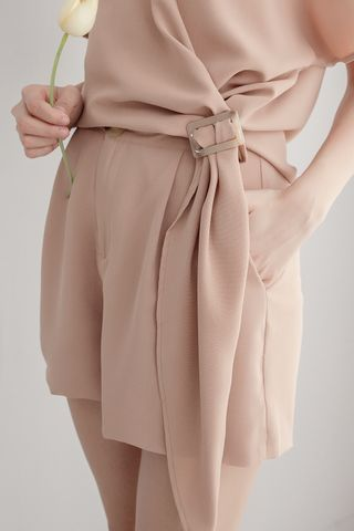 LUVFEE DOUBLE POCKET SHORTS IN KHAKI