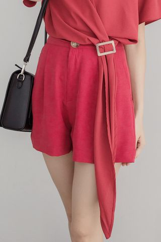 LUVFEE DOUBLE POCKET SHORTS IN RED