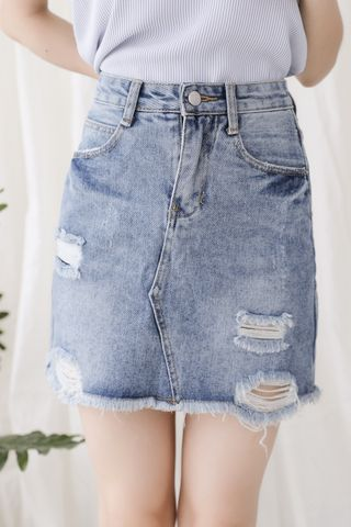 SUNDAY FRAYED HEM DENIM SKIRT