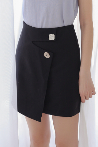 BETTER DAY KOREA DESIGN SKIRT IN BLACK