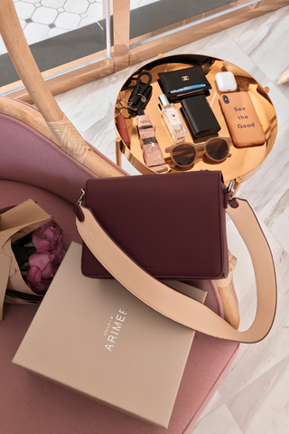 (BACKORDER) LEMON 365 DAYS A' BAG IN MAROON