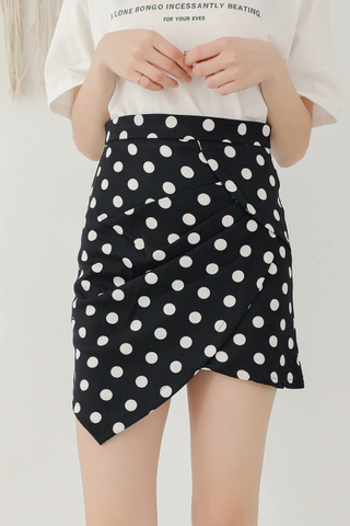 KISSES DAY POLKA DOT ASYMMETRICAL SKIRT IN BLACK