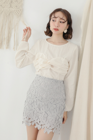 KISSES DAY KOREA DESIGN TOP IN CREAMY