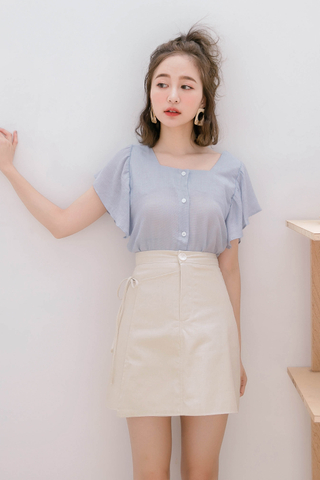 HONEY YU FLARE TOP IN BABY BLUE