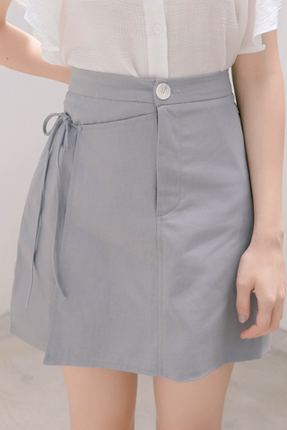 HONEY YU SELF TIE SKIRT IN BABY BLUE