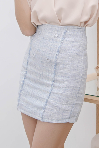 ALL DAY FRAYED TRIM PLAID TWEED SKIRT IN BLUE