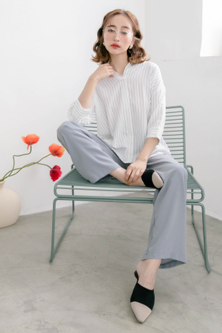 WITH DAILY KOREA STRIPE COLLAR BLOUSE IN WHITE