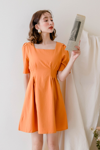 ON DEIS KOREA SQUARE COLLAR -5KG DRESS IN PUMPKIN