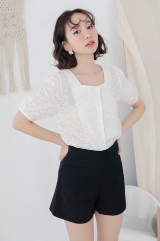 ON DEIS SQUARE COLLAR EYELET TOP IN WHITE