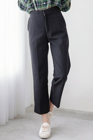 (BACKORDER) BAKE -5KG SPLIT HEM TAILORED PANTS IN BLACK