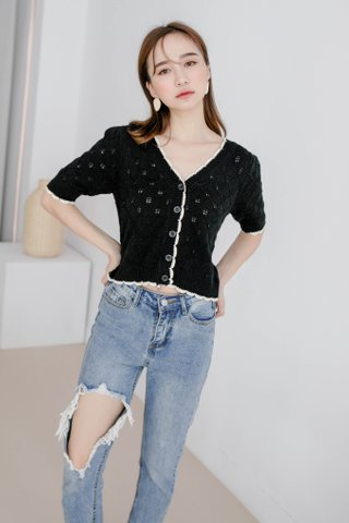 LE FOUR BUTTON-UP TOP IN BLACK