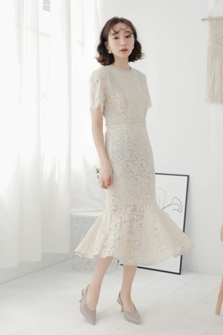 HANNAH KOREA FISH TAIL LACE DRESS IN CREAMY