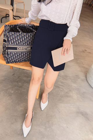 (BACKORDER) MERCI KR BELTED SKIRT IN NAVY BLUE