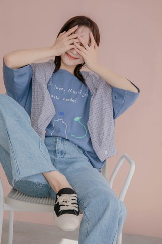 TEA TOAST MACHI GRAPHIC TEE IN DUSTY BLUE