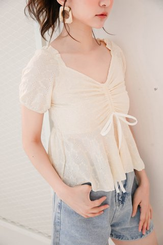RUFF KR EYELET RUCHED TOP IN BUTTER