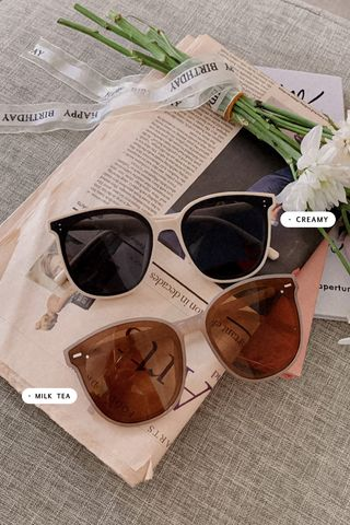 (BACKORDER CREAMY) HONEY YU 365 DAYS KOREA SUNGLASSES