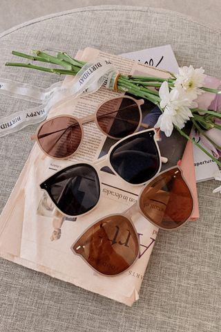 HONEY YU VINTAGE KOREA SUNGLASSES IN MILK TEA