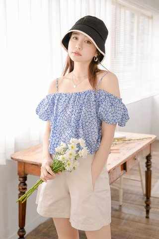 ONNE KR FLOWER OFF SHOULDER TOP IN BLUE