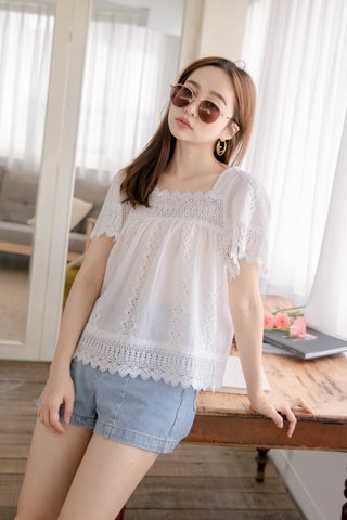 SUNDAY KR EYELET SQUARE NECK TOP IN WHITE