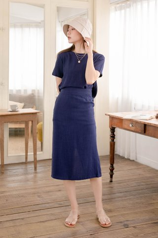 HONEY YU KR MIDI SET IN NAVY BLUE