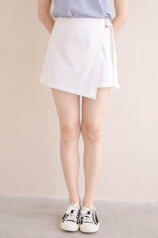 PEANUT KR BELTED SKORTS IN WHITE (NG SALES)