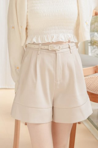 (BACKORDER 3 - XS/S/M/L/XL) BUT MORE KR -5KG BELTED SHORTS IN CREAM