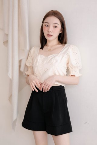 THE BUTTERS KR FRENCH EYELET TOP IN BABY BUTTER